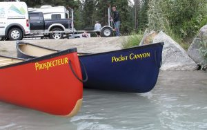 canoes-delivery